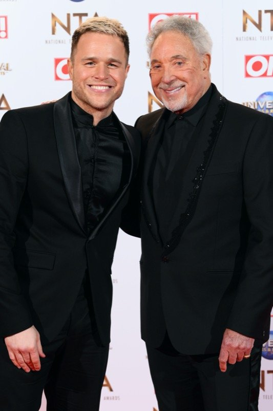 OLLY & SIR TOM